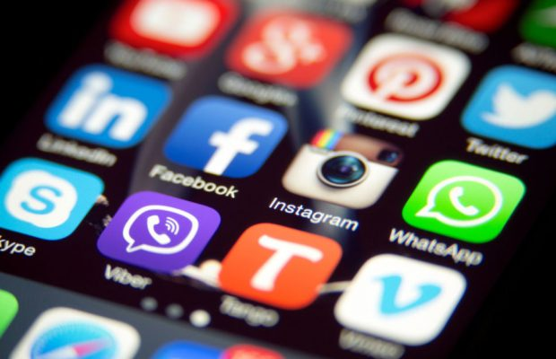 Using Social Media In A Beneficial Way: 10 Ideas - Trill
