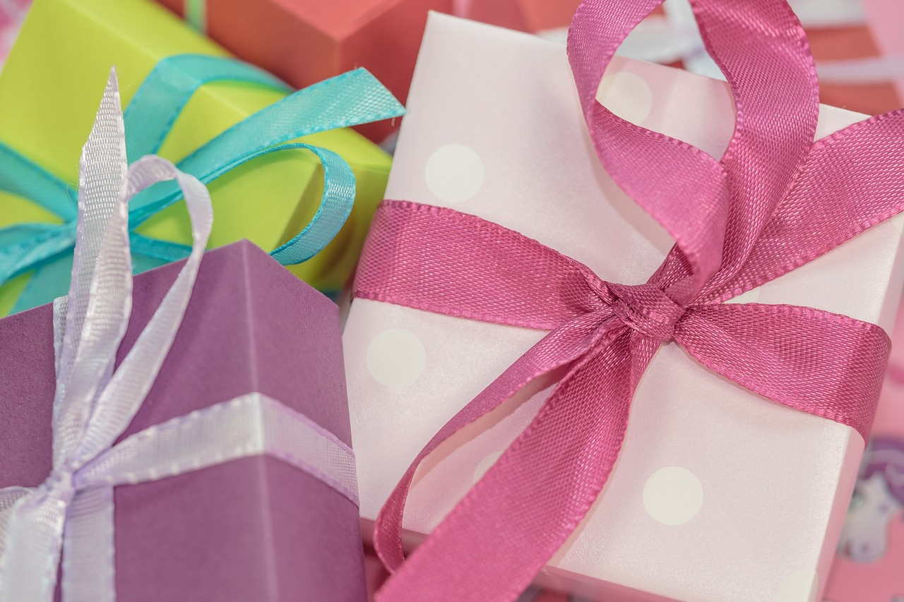 Creative Employee Appreciation Gift Ideas To Liven Up Your Workplace Trill Magazine